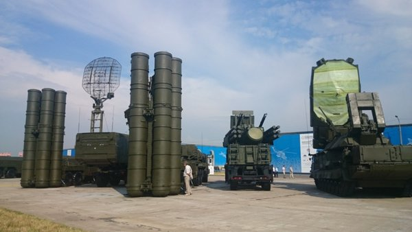 Башар Асад получит от Путина подарок в виде РСК С-300, предложенных на безвозмездной основе для ПВО Сирии