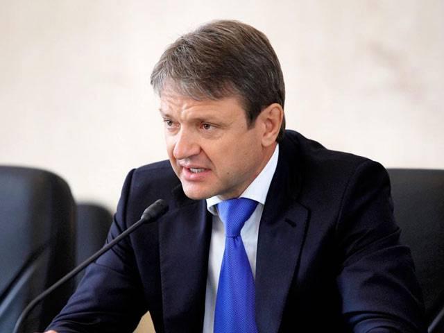 Война так война: Ткачев призвал фермеров заместить белорусское молоко