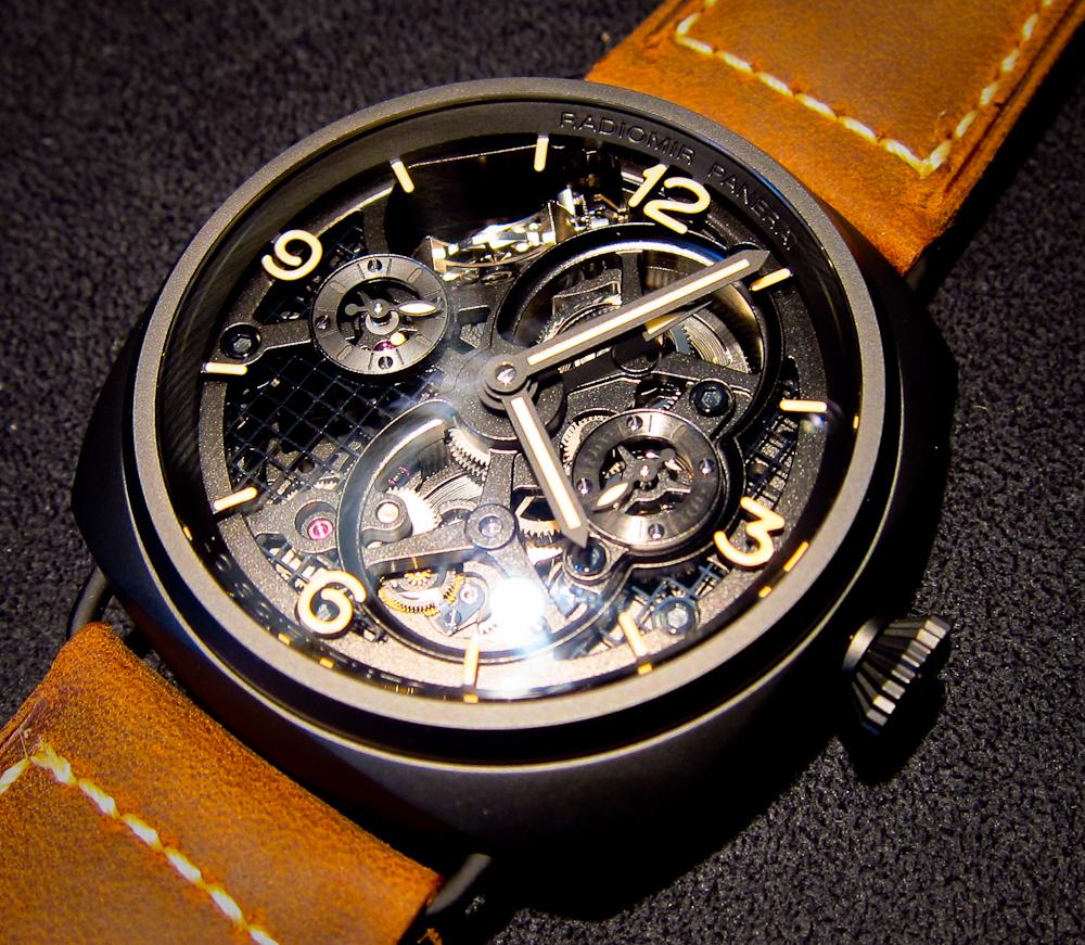 В швейцарском Базеле прошла выставка часов