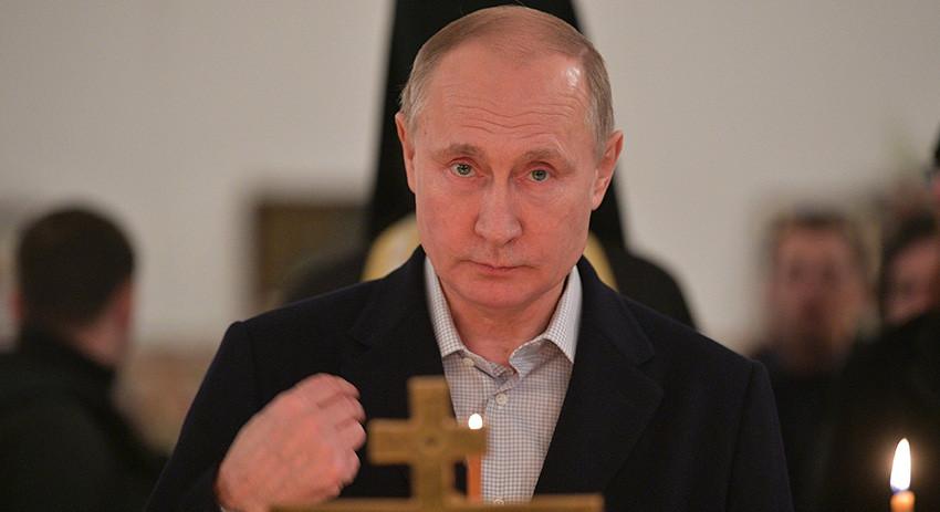 Путин посетил монастырь Печо…