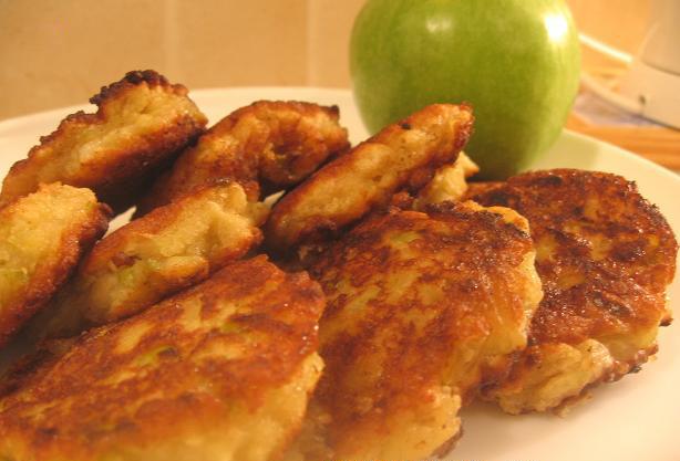 Вкуснейшие яблочные оладушки