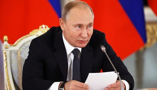 Совет покультуре: Путин неподдержал идею всем разрешить материться