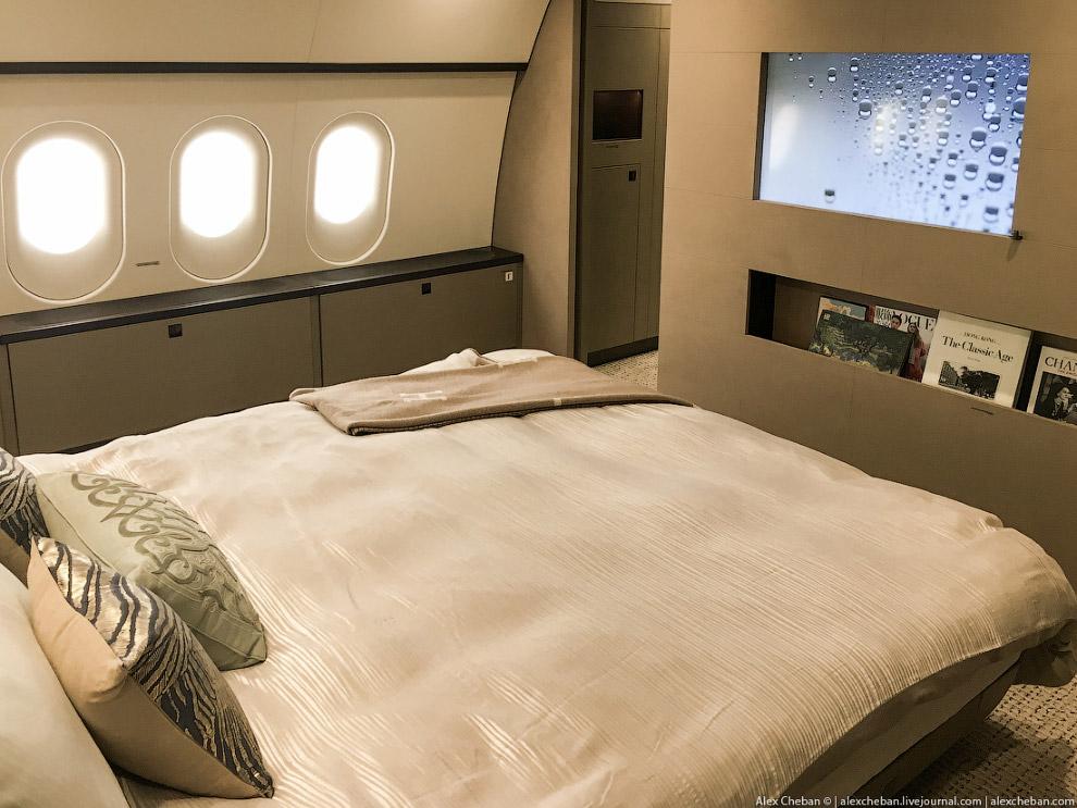 Самолет за 70 тысяч долларов в час
