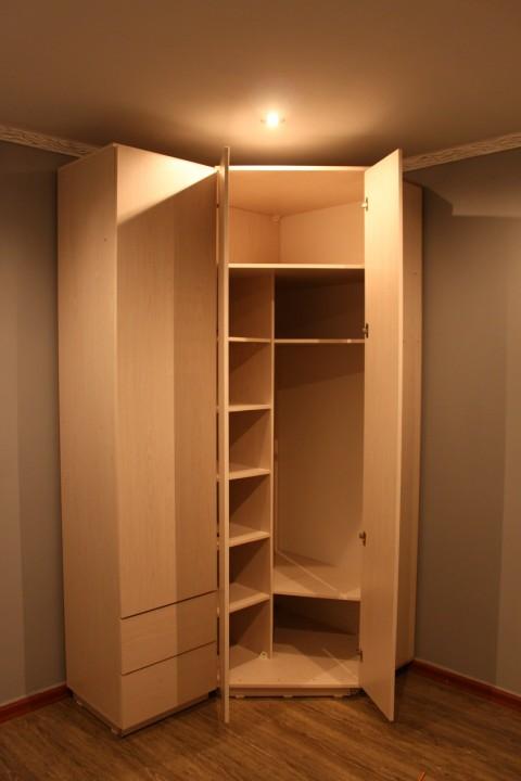 Угловой шкаф своими руками (первый опыт работы)