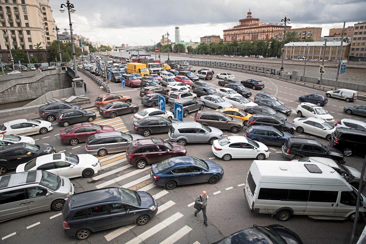 Standard: российские водители больше доверяют иконам, чем ремню безопасности