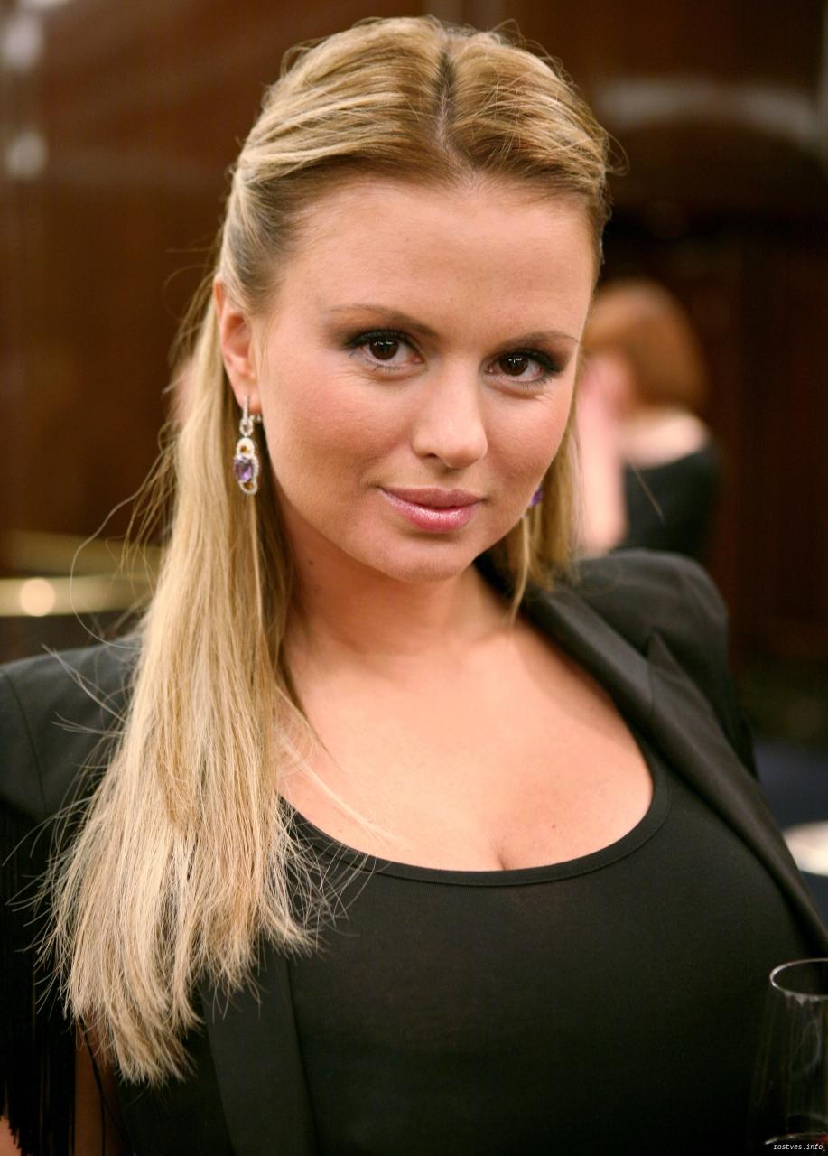 Анна Семенович успокоила волнующихся фанатов
