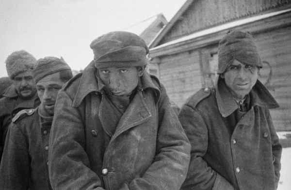 """""""Каждые 7 секунд умирает немецкий солдат"""": почему фашисты называли Сталинград адом"""