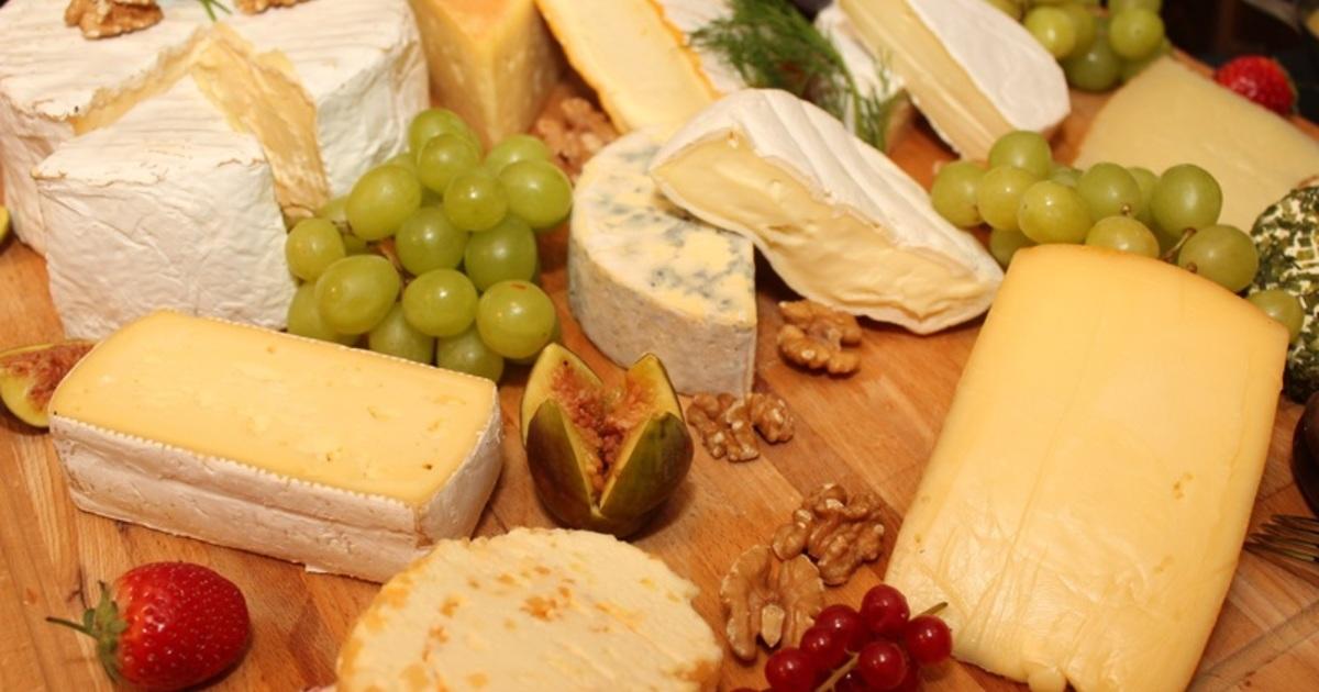 Украина тайно поставляла сыр в Россию, забыв про свои же санкции