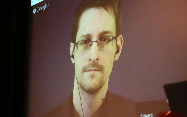 Адвокат Сноудена объяснил причины его отказа от интервью с Познером