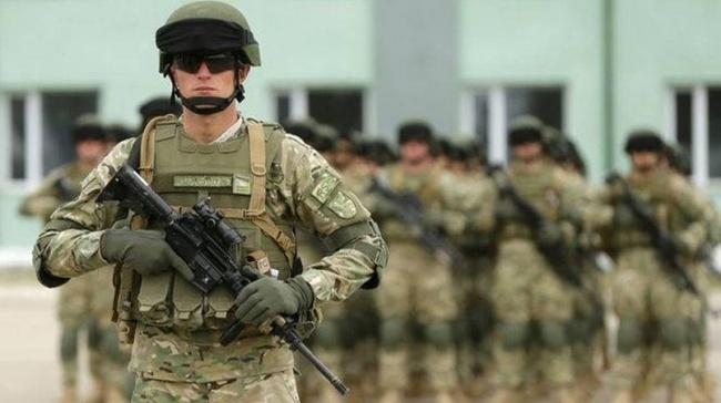 Латвийские солдаты участвуют вучениях НАТО вСолсбери