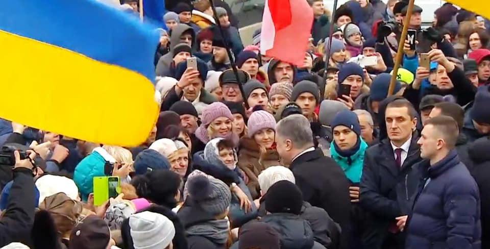 «Что это за вера такая?»: Азаров прокомментировал так называемый объединительный собор на Украине
