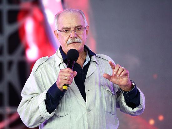 Михалков обвинил популярных видеоблогеров в «словесной диарее»