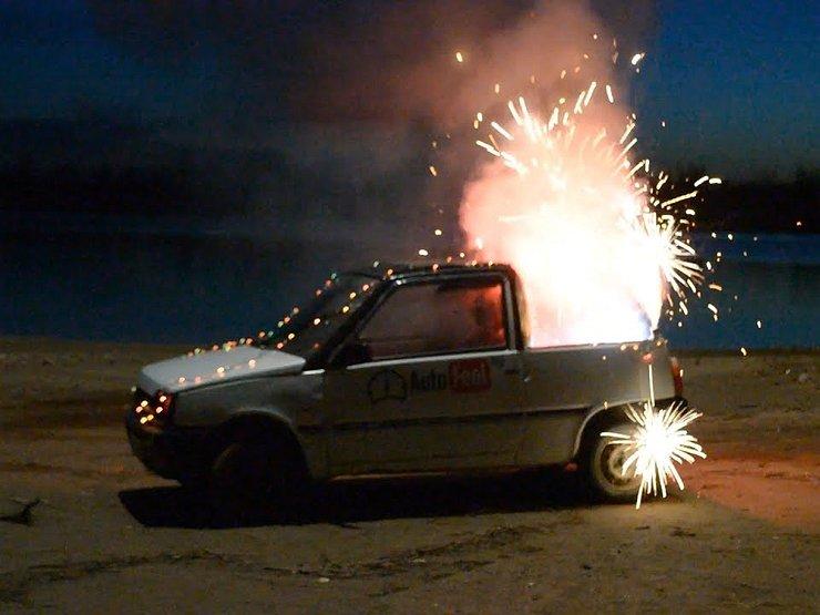 Штраф за фейерверк: что будет, если в машину попадет петарда