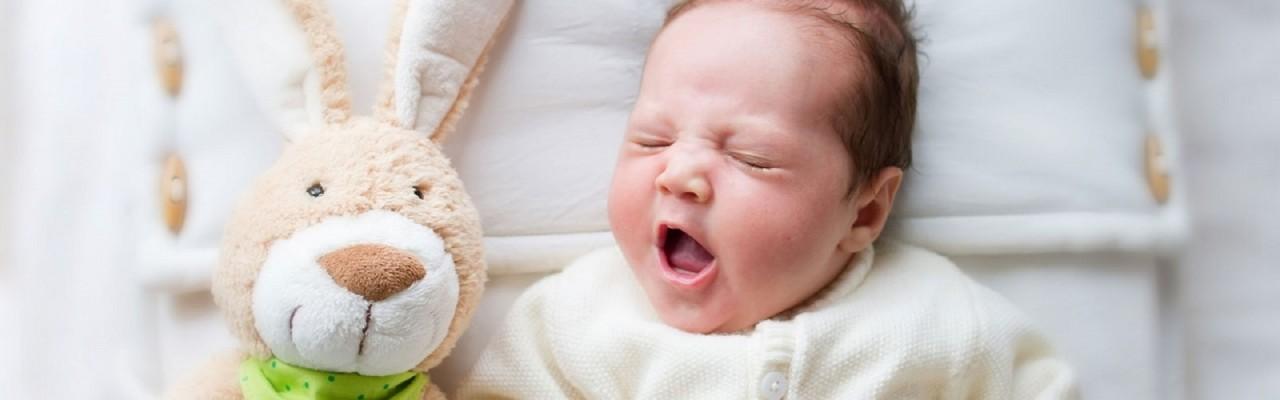 Минтруда предложило дарить подарки новорожденным