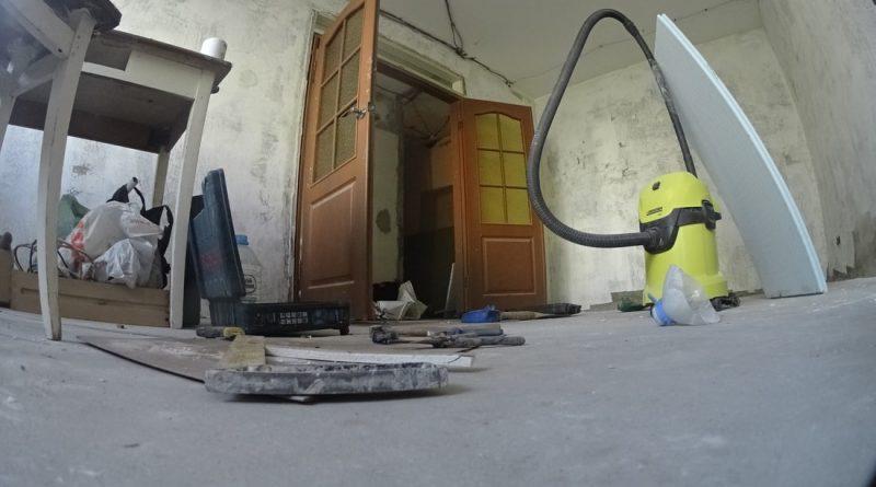 Бюджетный ремонт «убитой» хрущевки своими руками. Как вам идея?