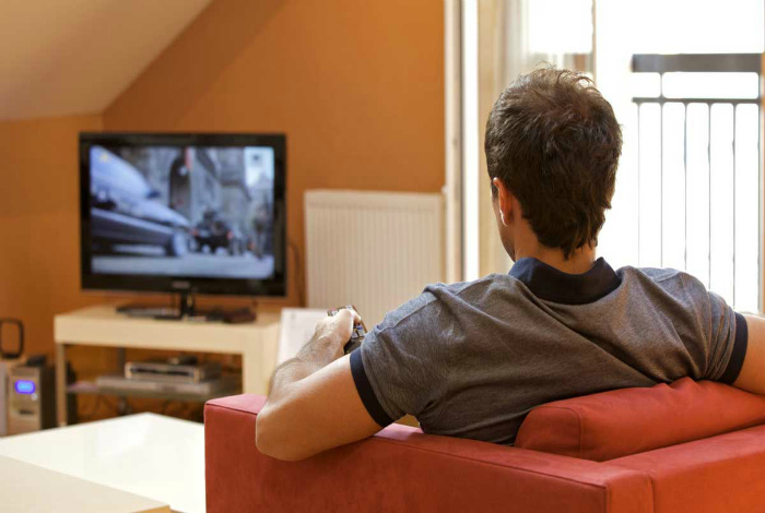 Запрещено смотреть зарубежные шоу и фильмы.