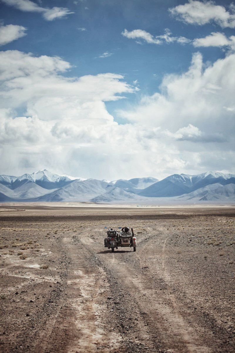 Таджикистан монголия, мотоцикл, мотоцикл с коляской, мотоцикл урал, путешественники, путешествие, средняя азия, туризм