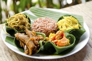 Жареный рис и соус карри. Готовим настоящий индонезийский обед