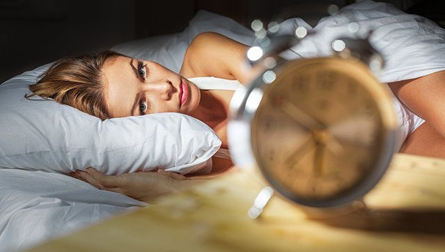 Как на качество сна влияет еда и гаджеты?
