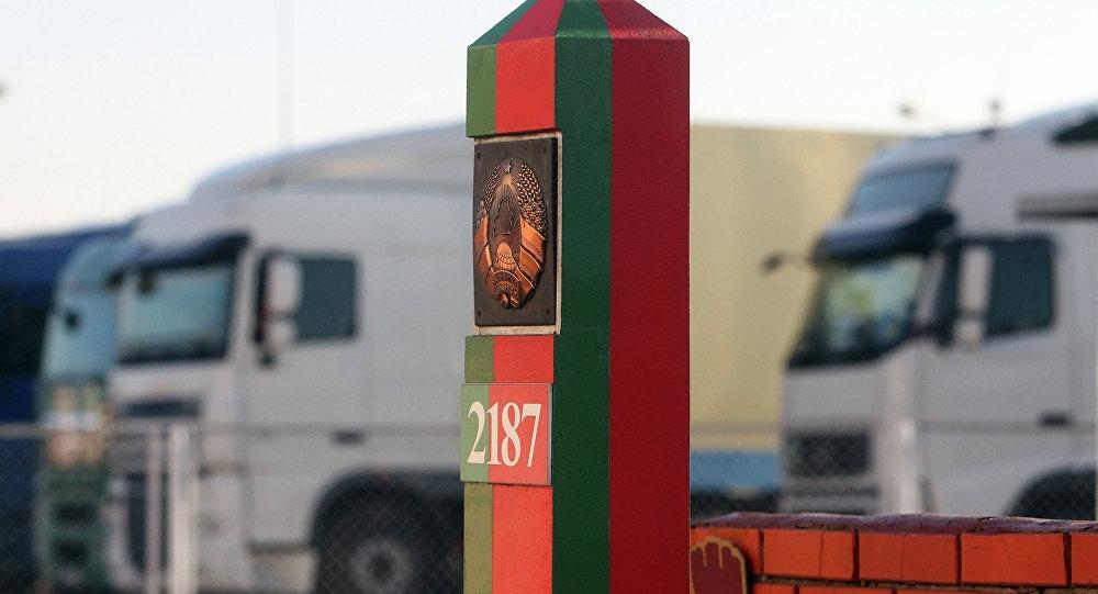 Лукашенко хочет выйти из ЕАЭС, ОДКБ и Союзного государства с Россией