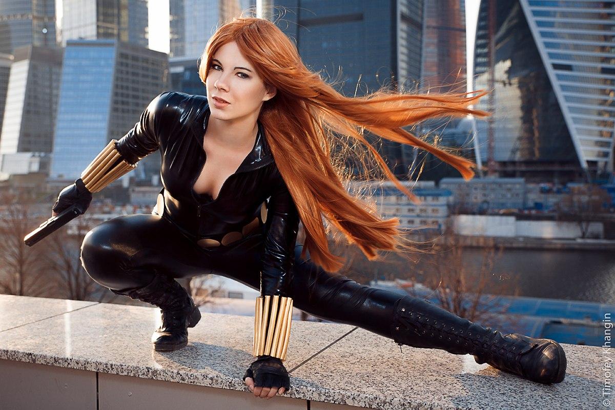 Косплей. Шикарная Чёрная Вдова (Black Widow) в исполнении Анастасии Зеленовой