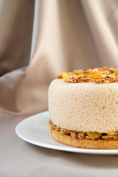 Элегантный, невесомый, очень вкусный тортик с кукурузными хлопьями