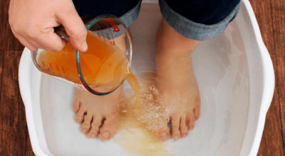 Освободите своё тело от токсинов и болезней, просто поместив ноги в этот раствор на 20 минут