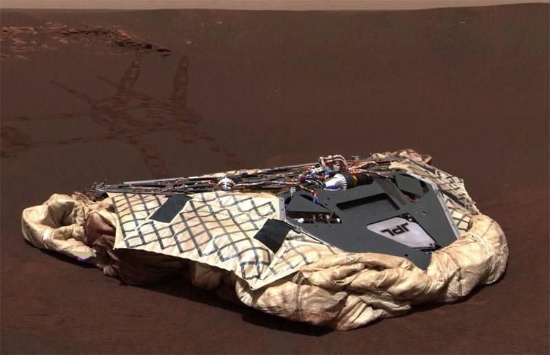 О завершении марсианской миссии Opportunity: аппарат погубила песчаная буря
