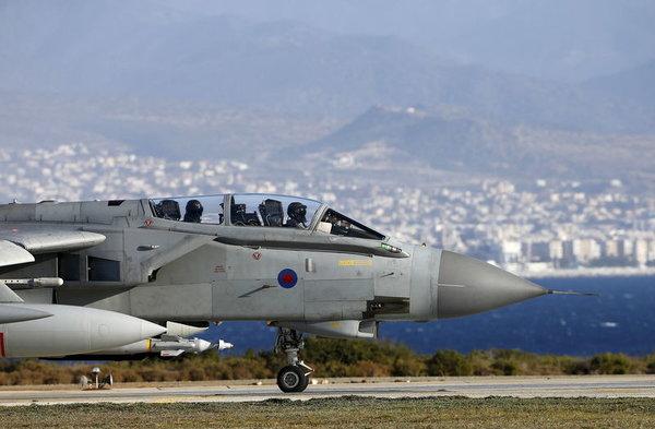 ИноСМИ: Франция и Британия вместе с США нанесут ракетный удар по Сирии