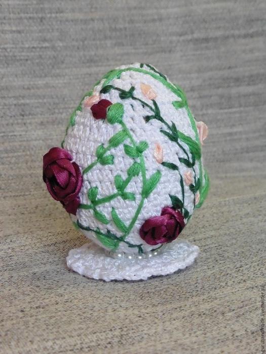 Пасхальное яйцо - вяжем и вышиваем своими руками