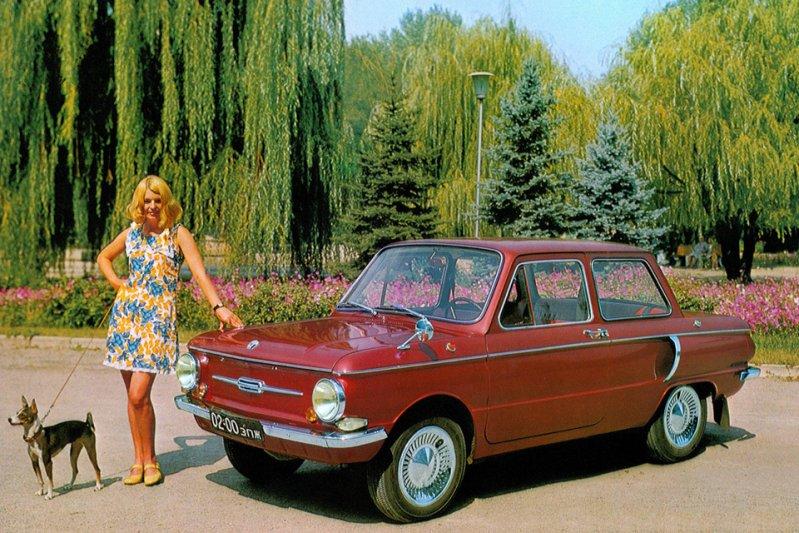 «Ушастый» или «Чебурашка», как он был прозван в народе за воздуховоды в задней части, пришел на замену модели ЗАЗ-966 и производился с 1971 по 1979 годы. Экспортировался под брендом Yalta. заднемоторная компоновка, седан