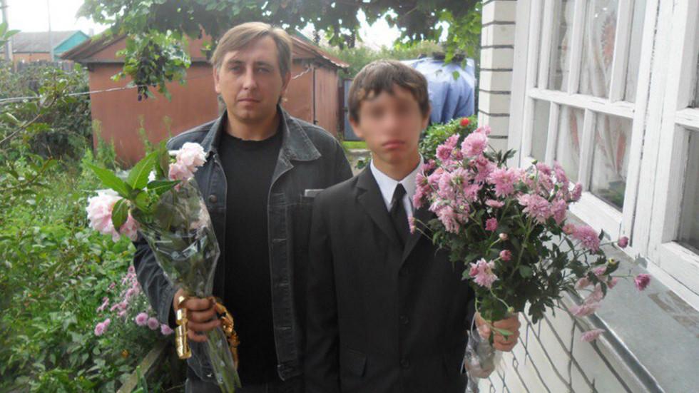 В Тамбовской области 17-летний подросток зарубил топором папу, сестру и бабушку