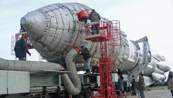 Рогозин: Три уже готовых ракеты «Протон» разберут для замены двигателей