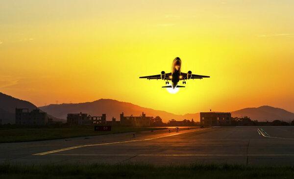 Как выжить в авиакатастрофе: 5 научных советов