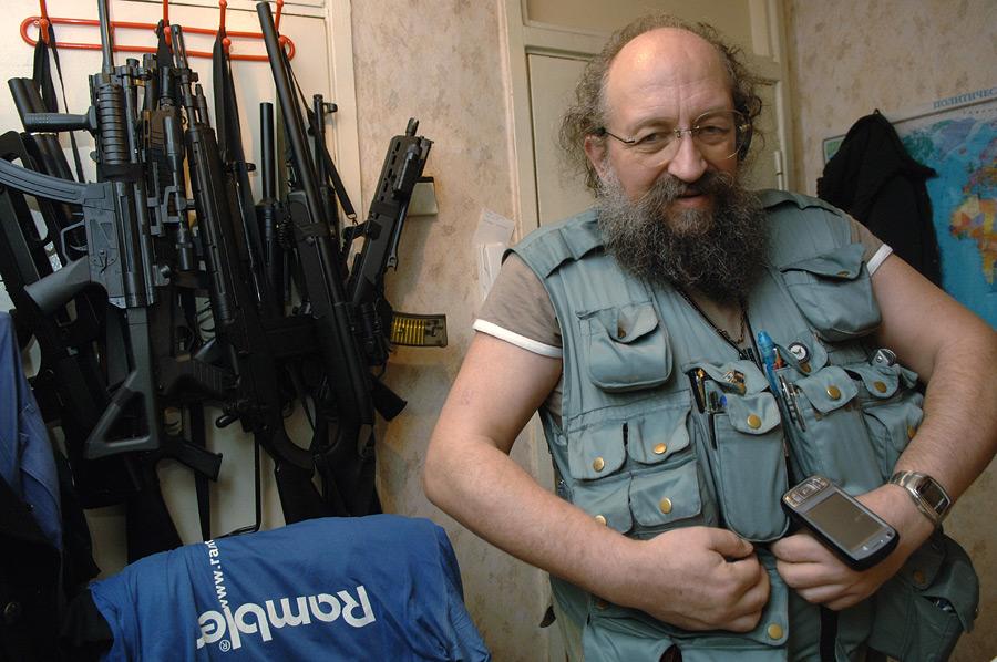 НАТО, США и Евросоюз: тараканы забегали. Анатолий Вассерман