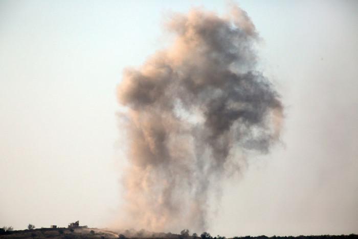 Израильские самолеты нанесли удары по окрестностям Дамаска, сообщают СМИ
