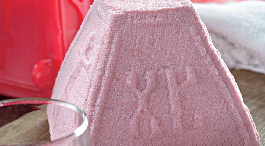 Розовая пасха с вареньем