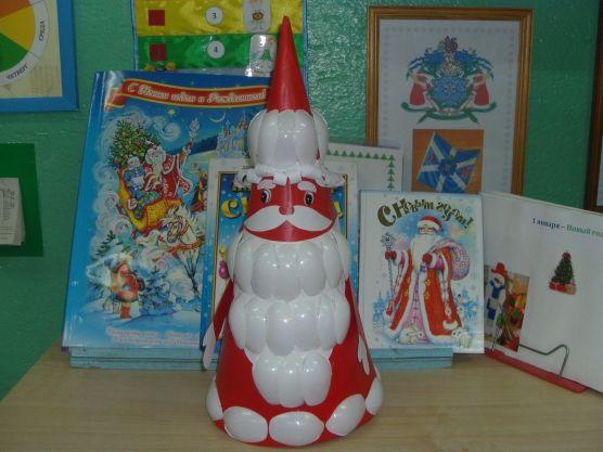 Дед мороз из пластиковых ложек своими руками