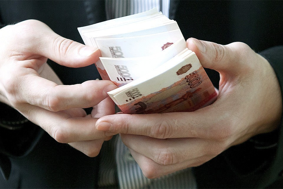 Для нормальной жизни россиянам необходимо 76 тысяч рублей в месяц