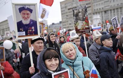 """Собянин пригласил москвичей на шествие """"Бессмертного полка"""""""