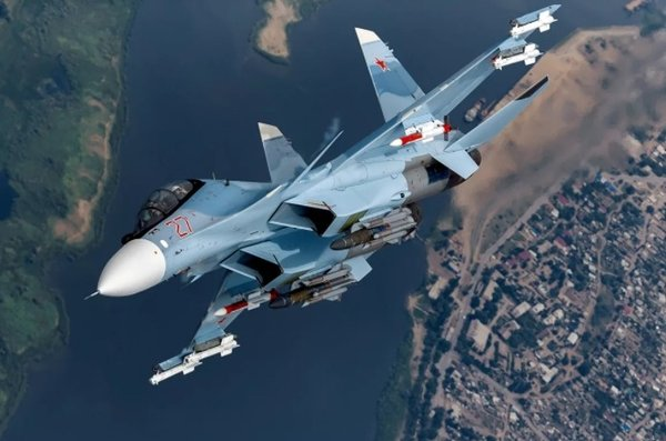 """""""Ну как эти русские вообще на такое способны?"""" - пилоты США восхищены мастерством Су-30"""