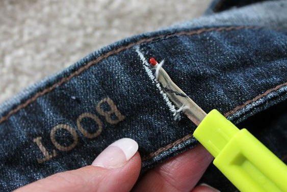 Как просто и легко ушить джинсы в поясе