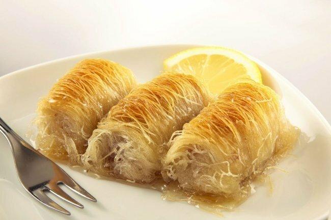 Сластенам на заметку. Что следует попробовать из сладостей при посещении Турции базар, пахлава, рахат-лукум, сладости, турция