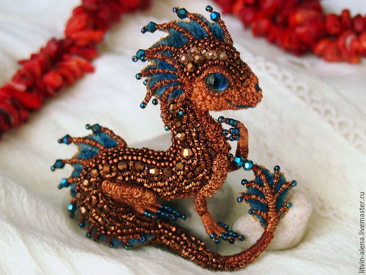 "Brooches handmade. Livemaster - handmade. Buy Brooch dragon ""Maya"". Brooch beads. Embroidered dragon. Copper dragon.Teeny dragon"
