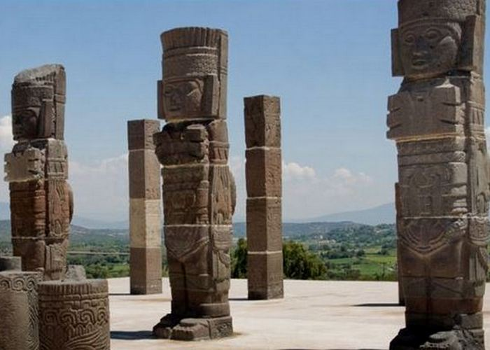 Руины храма тольтеков в Туле, Мексика./фото: ru.pinterest.com