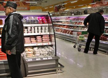 Россияне в большинстве своем против идеи, ограничивающей работу супермаркетов