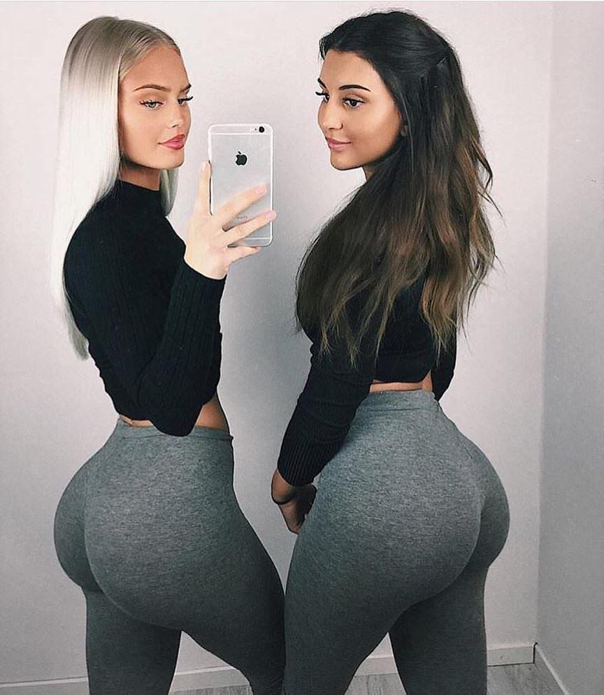 schook girl opening pussy wide