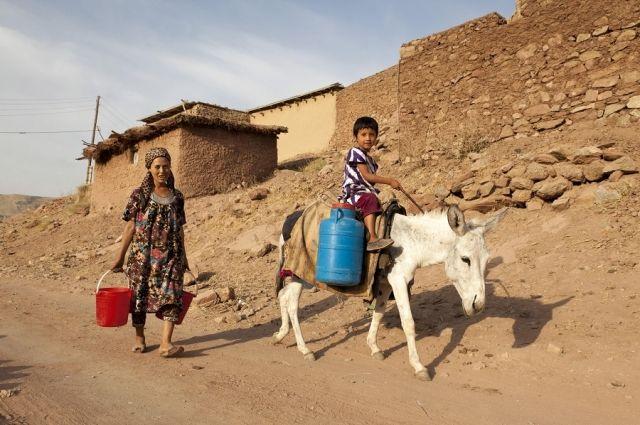 «Взятки берут даже дети». Репортаж из самой коррумпированной страны СНГ