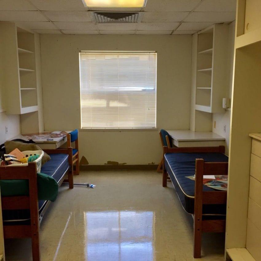 Сказочный ремонт студентки в общежитии