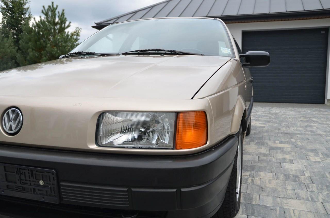 Volkswagen Passat B3 1988 го…